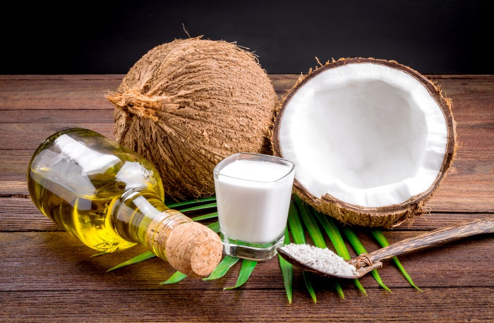 17 Health Benefits Of Ingesting Coconut Oil (No.5 is Amazing)
