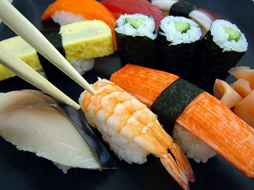 17 Health Benefits of Sushi (#1 Top Japanese Food)