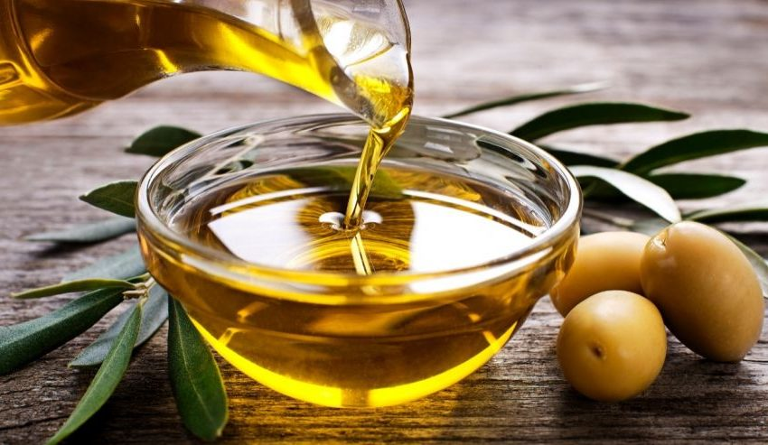 10 Benefits of Applying Olive Oil on Baby Skin