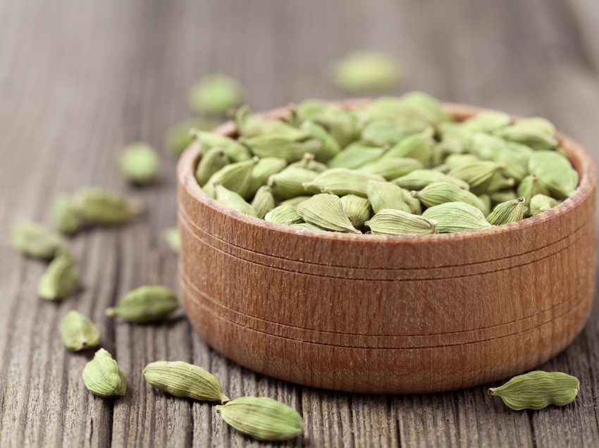 32 Scientific Health Benefits of Cardamom (#1 Top Indian's Secret of Healthy Life)