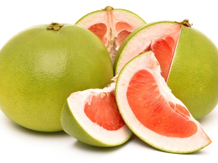 30 Scientific Health Benefits of Pomelo (#1 Top Source of Vitamin C)