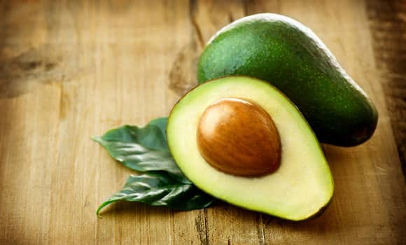 31 Top Health Benefits of Avocado for Skin (#1 Natural Skin Care)