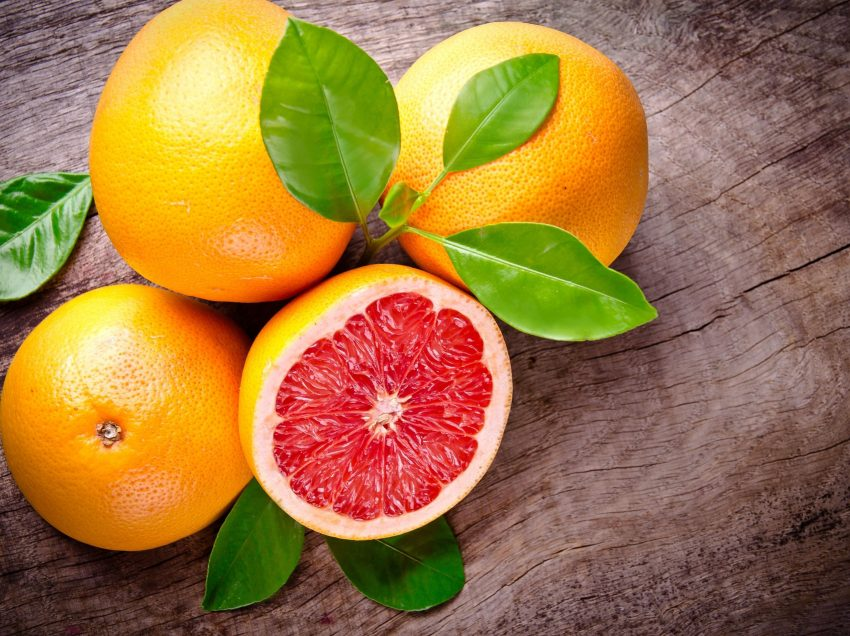 12 Top Health Benefits of Grapefruit for Weight Loss
