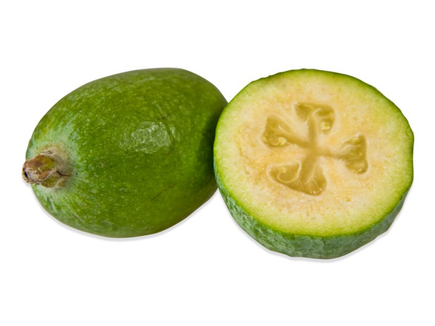 26 Health Benefits of Feijoa Fruit (Amazing Sources)