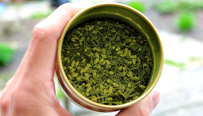 8 Health Benefits of Japanese Green Tea with Roasted Rice