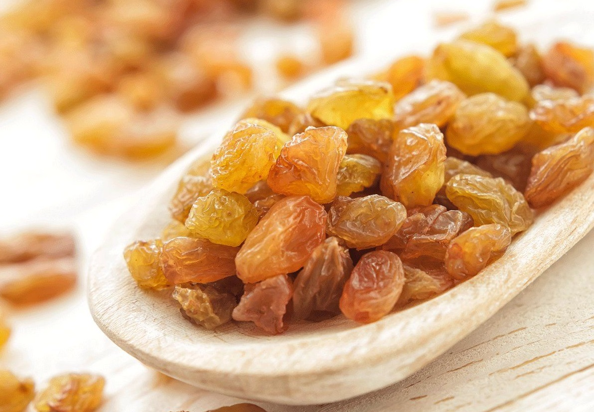 Benefits of Dried Raisins for Pregnant Woman